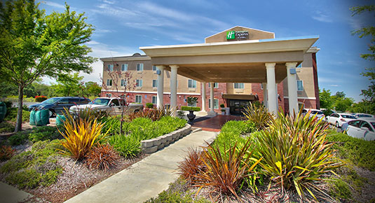 Welcome to Holiday Inn Express Roseville Galleria Area