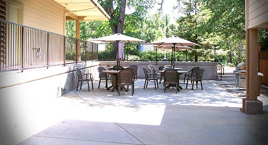 Outside patio - hotel in Sonora CA
